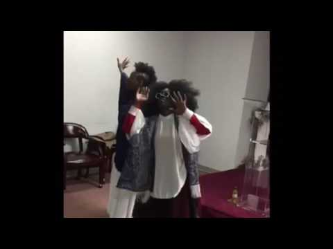CHAIN BREKAZ MINISTRY | Dancing to Sinach | Let Your Power Flow