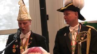 Op zondag 7 februari vond de sleuteloverdracht plaats in het gemeentehuis van Valkenburg. Stadsprins Jordy I en zijn Minister John kregen de sleutel van het stadhuis en regeren 3 dagen over ons mooie stadje. Uiteraard hield Prins Jordy I een toespraak direct na het verkrijgen van de sleutel. Geniet mee van deze prachtige introductie op 3 heerlijke carnavalsdagen!