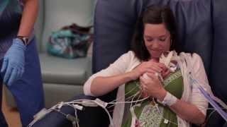 La vidéo de la première année d'un bébé prématuré de plus de 3 mois.