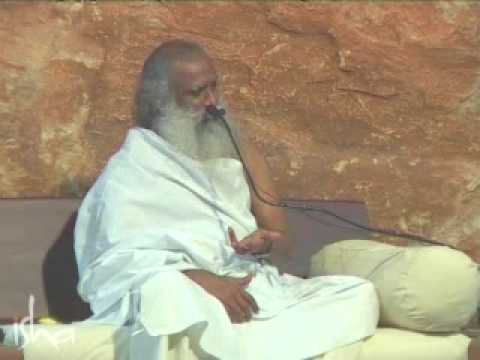 Guru - http://www.ishafoundation.org http://www.innerengineering.com A veritable Guru takes the seeker on a mystical journey towards the ultimate liberation. But wh...