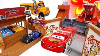 Video What is Wrong With The Track? Disney Cars, Prank of A Ghost - ToyMart TV MP3, 3GP, MP4, WEBM, AVI, FLV Oktober 2018