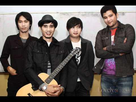 Sheila On 7 - Berlayar Denganku (7th new album Berlayar 2011)