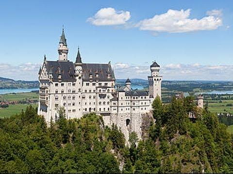 Neuschwanstein und die Bergwelt des Märchenkönigs