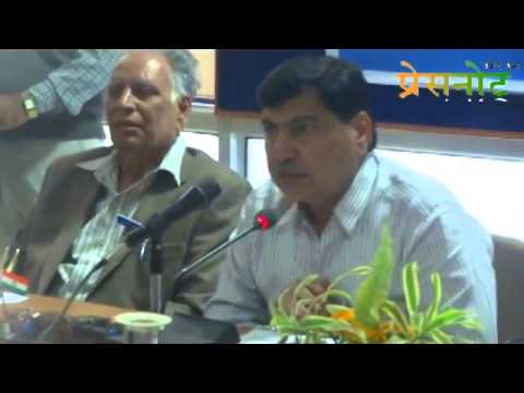 Proff. Gill addressed Media on pest problems