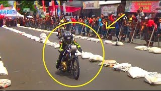 Video SEPRTI INILAH KETIKA FU 200cc Dalam Posisi TOP SPEED | Dragbike BSMC Purbalingga 2017 MP3, 3GP, MP4, WEBM, AVI, FLV November 2017