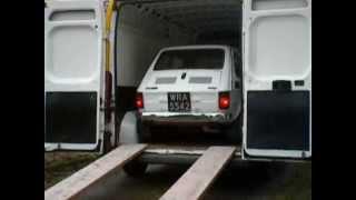 Maluch na pace kuriera DHL! Takie przesyłki tylko w Polsce!