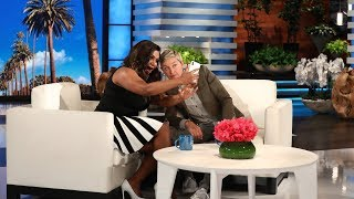 Video Ellen and Mindy Kaling Text a Selfie to Her 'Ocean's 8' Co-Stars MP3, 3GP, MP4, WEBM, AVI, FLV September 2018