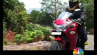 6. Honda CBR 250R tested on OVERDRIVE