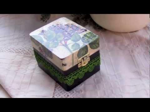 Decoupage krok po kroku - pudełko z farbowaną koronką