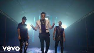 Music video by Sebastián Yatra performing Alguien Robó. (C) 2017 Universal Music Latinohttp://vevo.ly/qAP2jT