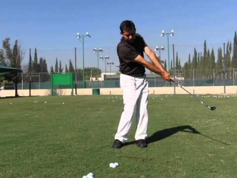 GOLF LESSONS – PITCHING – SHORT, MEDIUM AND LARGE