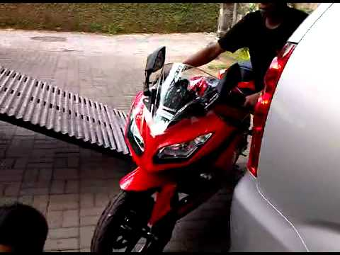 Welcome My New Kawasaki Ninja 250 Fi (injection).3GP