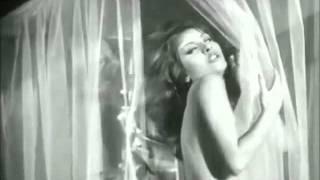 Video UOjB - Nohy nahoru