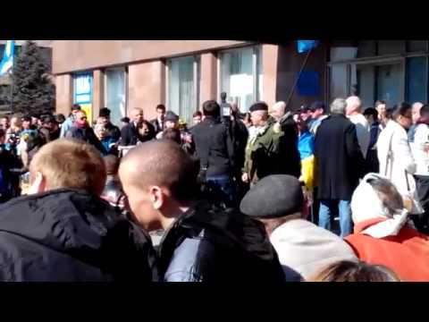 23.03.14 - Украина. Запорожье. Раскол внутри майданцев