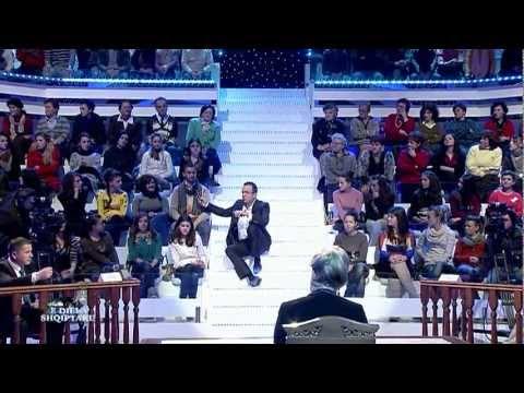 Ecouter Voir E diela shqiptare - SHIHEMI NE GJYQ, 10 shkurt 2013