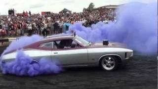 GM671 - Summernats Burnout Third Place - YouTube