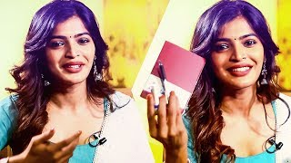 "Video ""Now Everybody Knows!""   Inside The Handbag Of Sanchita Shetty MP3, 3GP, MP4, WEBM, AVI, FLV Desember 2018"