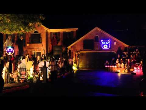 Naperville - Halloween Light Show to Fall Out Boy's