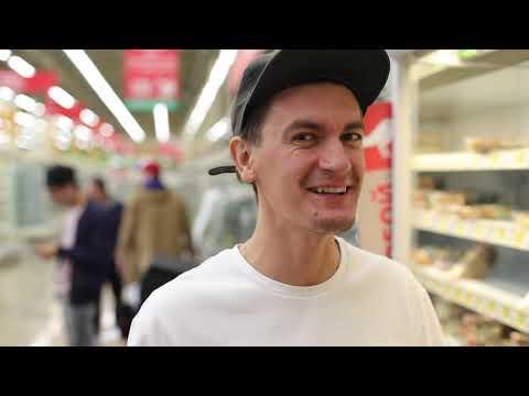 Филипп Киркоров и Николай Басков - Извинение за Ibizа. Бэкстейдж клипа в АШАН - DomaVideo.Ru