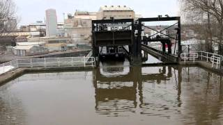 Cheshire United Kingdom  City pictures : anderton canal boat lift cheshire uk