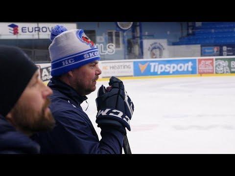 Extraligová NEJ 14: Gulaš láme hokejky. V Plzni nám golfáky nejdou, říká Jaroslav Špaček
