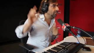 Video Pentatonique, ta mère - La leçon de piano d'André Manoukian MP3, 3GP, MP4, WEBM, AVI, FLV September 2017