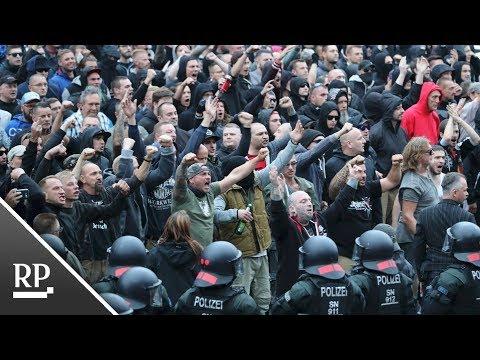 Chemnitz: Erneut Ausschreitungen bei Protesten und Ge ...