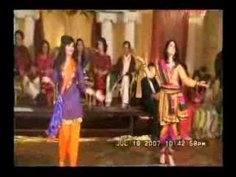 New Mehndi Dance 2011