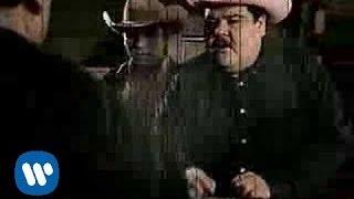 video y letra de DILE por Pesado