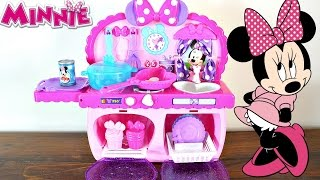 Hi Minnie Mouse Lovers!Today I have the Disney Minnie Mouse Bowtastic Kitchen Playset!This playset comes with 15 piece to make breakfast, dinner and desert.This is the perfect piece to put into Mickey Mouse and Minnie Mouse's house.Hope you all enjoy the video!ToyClubLondon