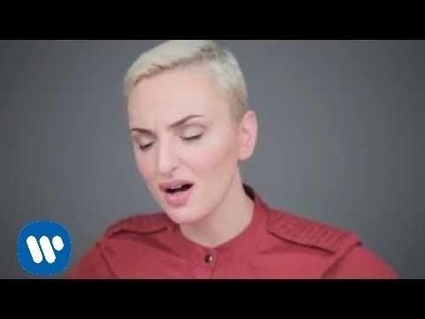 , title : 'Arisa - La Cosa Più Importante (Official Video)'