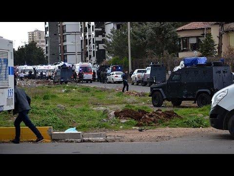 Τουρκία: Έκρηξη με νεκρούς αστυνομικούς στο Ντιγιάρμπακιρ