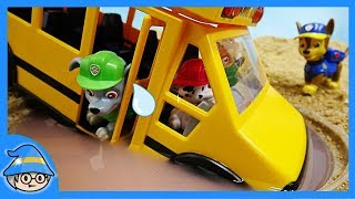 Video PAW PATROL school bus has fallen into a puddle ~ Save the school bus. MP3, 3GP, MP4, WEBM, AVI, FLV Juli 2018