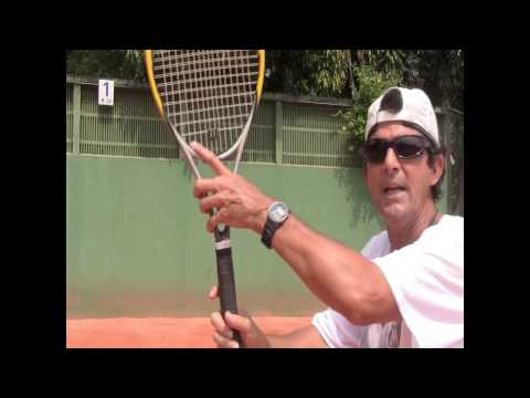 Tennis Tips: How To Hold A Tennis Racket (VERY Useful Grip Tip!)