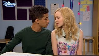 Video Liv and Maddie - True Love - Official Disney Channel UK HD MP3, 3GP, MP4, WEBM, AVI, FLV Juni 2018