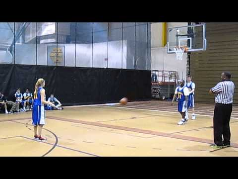 14 Year-old Girl  Wins 3-point Contest Making 13 Of 15