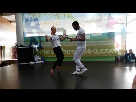 Ronald & Alba 2015-04-10 - IV ELCHE SALSEA 2015