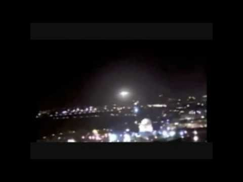 ufo 2011 - Amazing sighting of a UFO over the Dome of the Rock, Mount Zion and the Temple Mount in Jerusalem, Israel at 1am on the 28th of January 2011. A large ball sh...