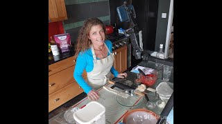 gfJules shows how to make tender, flaky gluten free pie crust!