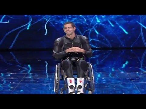 tu si que vales - il coraggio di maximilian, il motociclista paraplegico