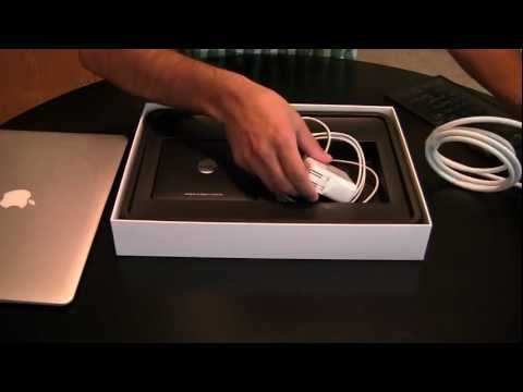 , title : 'Unboxing: Apple MacBook Air 13 Inch 2011 Model'
