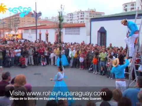 Paraguayos en España - Danza de la Botella