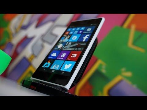 Lumia 735 / Lumia 730 Hands-On: Windows Gets A Selfie Phone