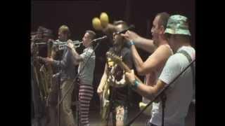 LENINGRAD— Huyamba (LiVE @ Sziget festival 12.08.2012)