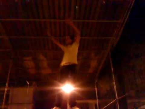 Guilherme dando show na praça de pirauba 03/03/2012