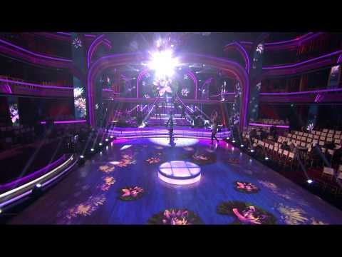 Selena Gomez – Come & Get It Rehearsal DWTS (1)