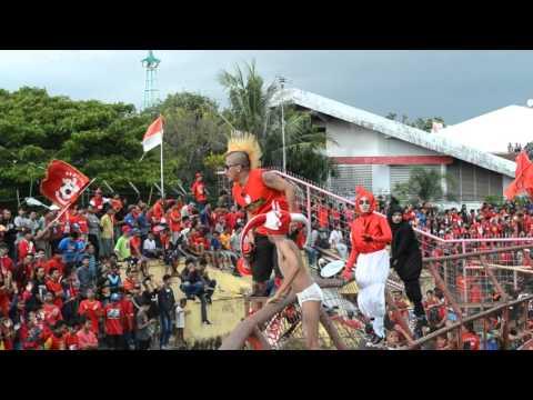 Laskar Ayam Jantan -  Mattoangin Utara opening chants (HD)