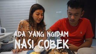 Video The Onsu Family - Ada yang Ngidam Nasi Cobek MP3, 3GP, MP4, WEBM, AVI, FLV Januari 2019