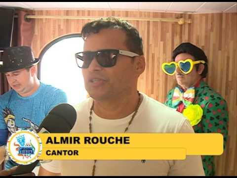 Almir Rouche se prepara para o percurso do Galo da Madrugada