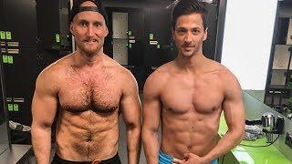 In diesem Video geht es um den Start meiner Diät und dem Muskelaufbau von Max. wie Max und ich uns körperlich mit der richtigen Ernährung und dem Richtig Training verändern erfahrt ihr jetzt!________________________________________________________________Tickets unter:  http://www.worldfitnessday.de/Gutscheine: 30€ auf Entrepreneur Fastlane Business Programmhttps://entrepreneur-fastlane.com/erfolg30€ auf Sommer SIxpack und Shred Programmhttps://bodywork360.com/10€ Rabatt auf:  https/yuicery.de Bei Kauf des Tickets, anschreiben und Gutscheine mit TIcketnachweis anfordern!Email an: support@karl-ess.com________________________________________________________________Wie du meine Online-Strategien 1 zu 1 kopieren kannst, um sofort mit deiner Leidenschaft mindestens 1.000€ pro Monat automatisiert im Internet zu verdienen.Hier geht es zum Live-Coaching (Webinar):https://entrepreneur-fastlane.com/online-marketingHier geht zu den automatisierten Webinaren:http://www.entrepreneur-fastlane.com/online-Coaching________________________________________________________________Erfahre die exakten Schritte zum Erfolg und wie ich mir ein Leben nach meinen Vorstellungen erschaffen konnte:►► https://entrepreneur-fastlane.com/erfolg________________________________________________________________In diesem Kurs zeige ich dir, wie ich mir eine Reichweite von über 1,2 Mio Menschen im Internet aufbaute und diese Reichweite dann monetarisierte und wie DU diese Strategien kopieren und selbst anwenden kannst, um deine Reichweite und deinen Umsatz zu verdoppeln!►► https://entrepreneur-fastlane.com/smms________________________________________________________________Hier geht es zum Leasing Video: https://youtu.be/CiRSRJJIk4E________________________________________________________________Du möchtest eine Saftkur machen oder einfach nur Säfte in höchster Qualität?Meine Säfte von der Yuicery findest du hier:►► https://yuicery.de/________________________________________________________________Mache de